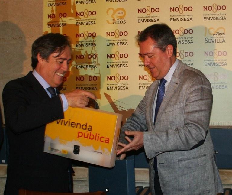 El Ayuntamiento de Sevilla, a través de Emvisesa, destinará el 70% de los pisos obtenidos por la permuta de Ramón Carande a jóvenes inscritos en el Registro de Demandantes y el resto para vivienda social