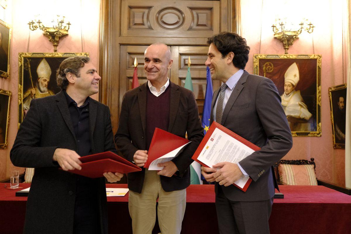 El Ayuntamiento de Sevilla, a través de Emvisesa, y el Colegio de Aparejadores y Arquitectos Técnicos  firman un convenio para impulsar la eficiencia energética y fomentar el consumo sostenible en la edificación y rehabilitación de viviendas
