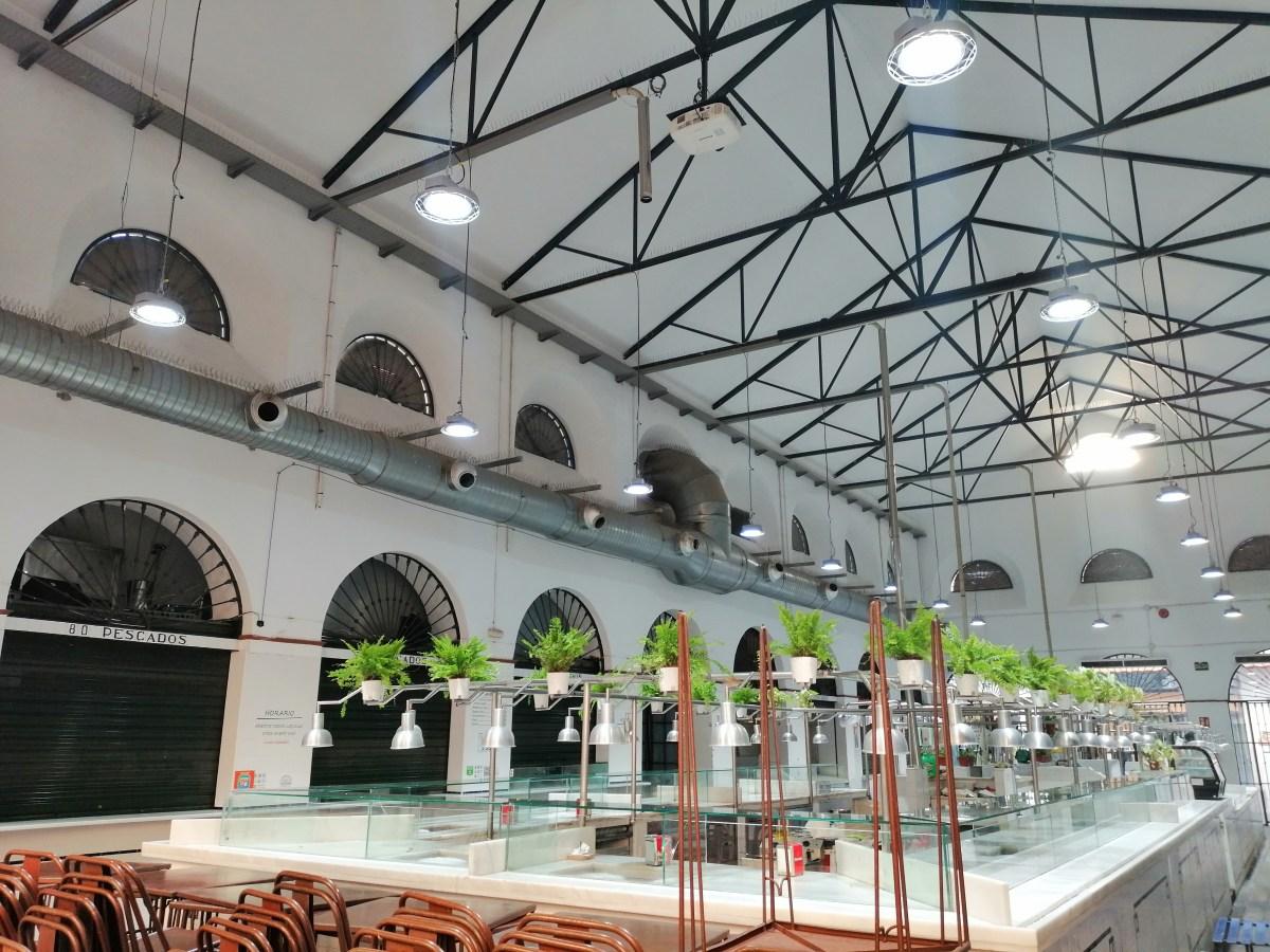 Emvisesa mejora y reforma los mercados de abastos de El Tiro de Línea, calle Feria y El Arenal