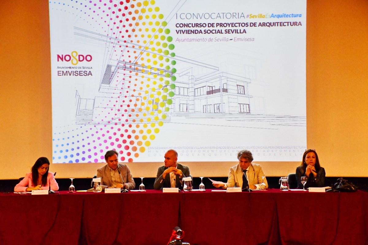 """El jurado del """"I Concurso de proyectos de arquitectura de vivienda social"""" convocado por Emvisesa falla 12 premios y 3 accésits valorados en 42.000 euros"""