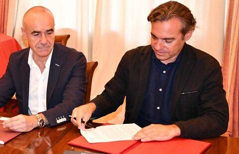 Emvisesa y el Colegio de Arquitectos firman un acuerdo para continuar desarrollando proyectos y acciones conjuntas en Sevilla