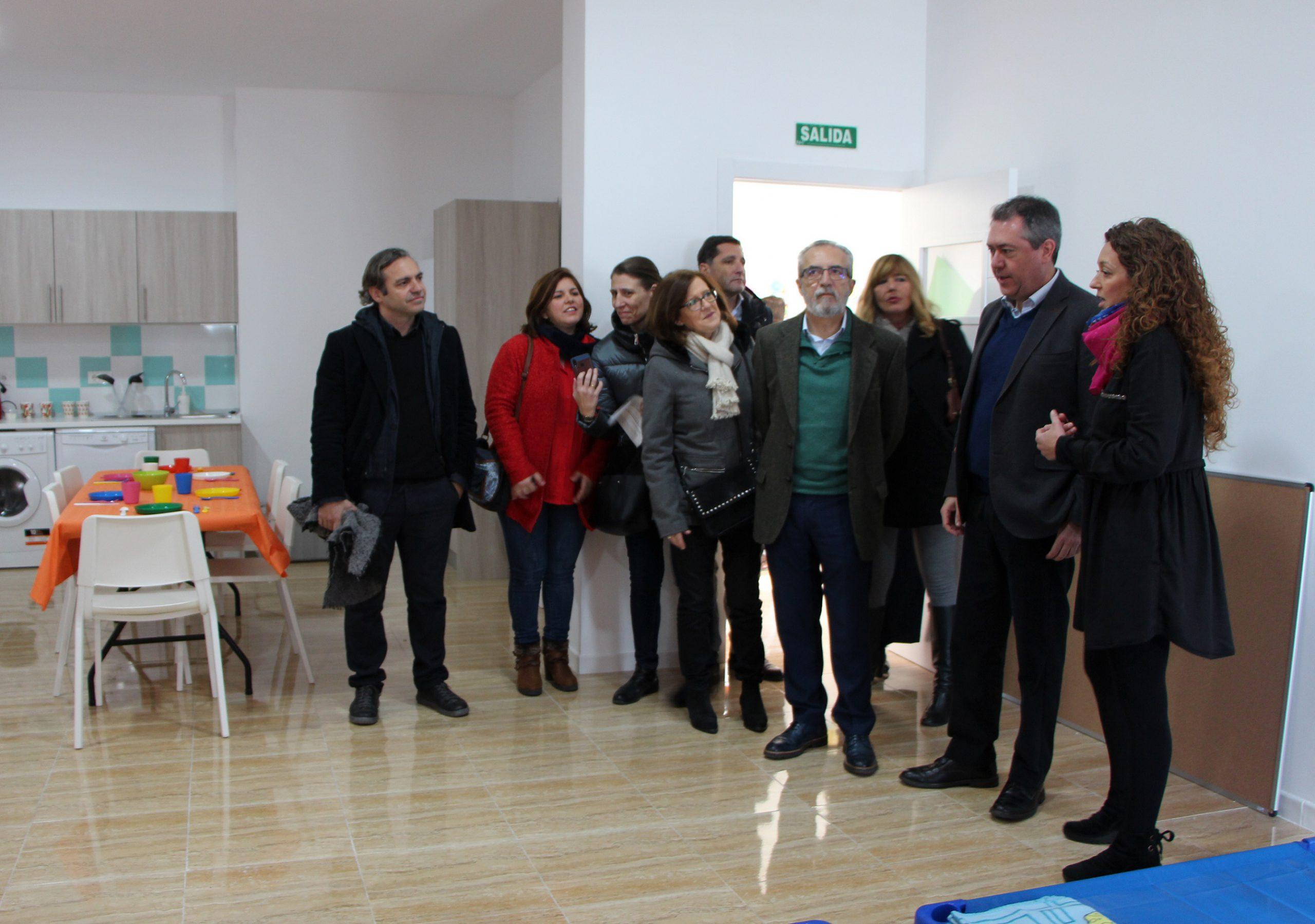 El Ayuntamiento de Sevilla pone en marcha dos nuevos centros de día para menores en Torreblanca y Tres Barrios-Amate con la colaboración de Emvisesa