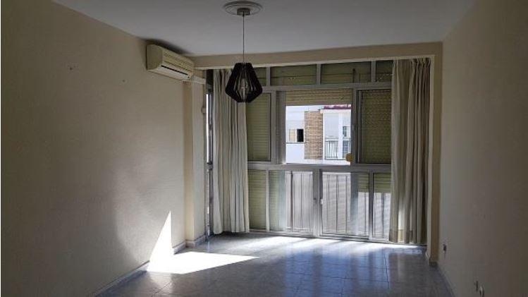 Saón de una de las viviendas vacías adquiridas por Emvisesa.