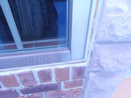 窓枠のクリーニング