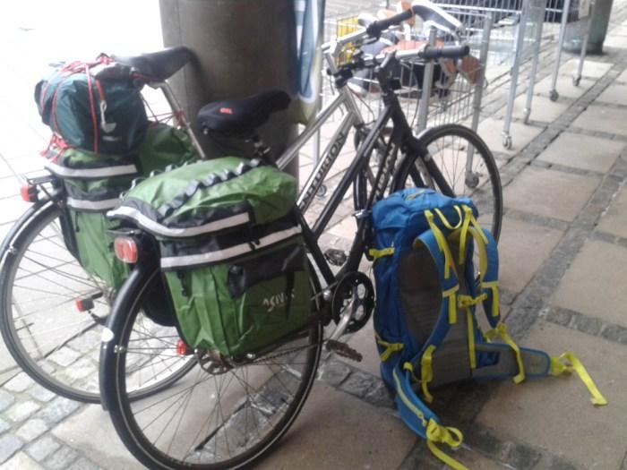 Matériel voyage à vélo : sacoches et sacs