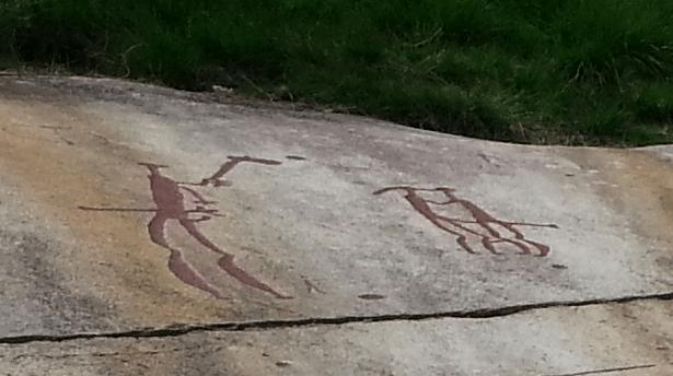 Les mariés, gravures rupestres de Tanum