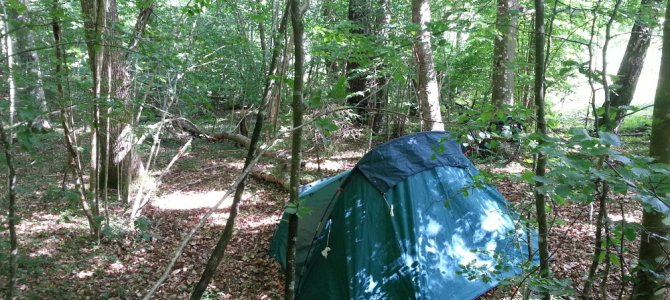 Comment s'organiser dans la tente – camping, camping sauvage, gérer son habitat nomade