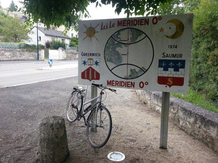 Méridien de Greenwich Parnay Loire à Vélo
