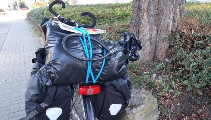 Chargement tente vélo