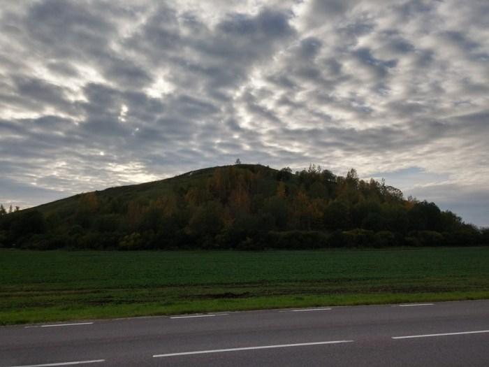 Coucher de soleil sur la colline
