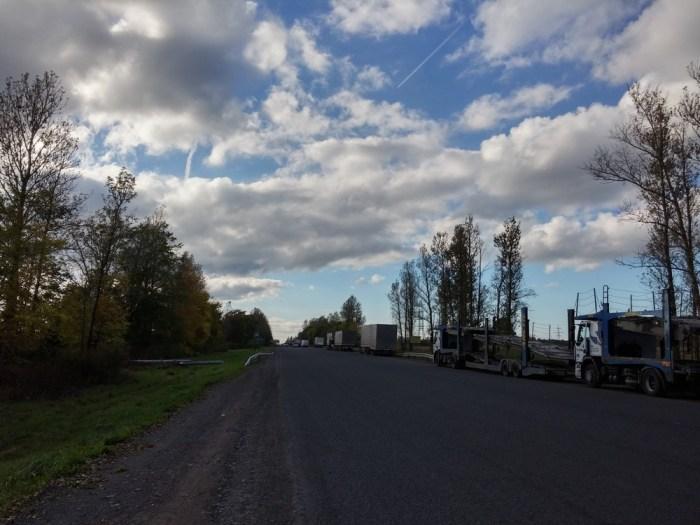 la route pour Saint-Pétersbourg
