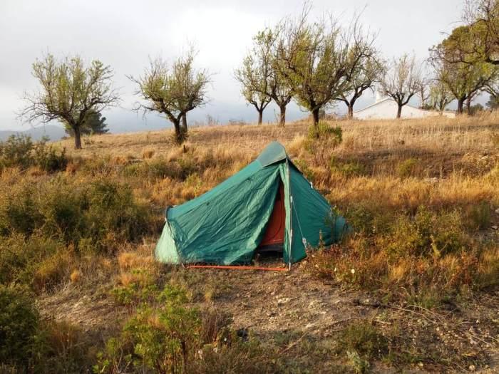 Bivouac dans un champ espagnol