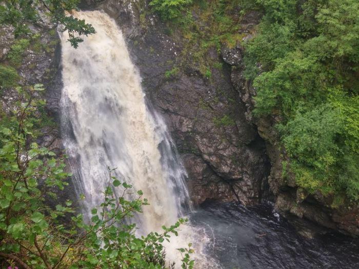 foyers waterfall