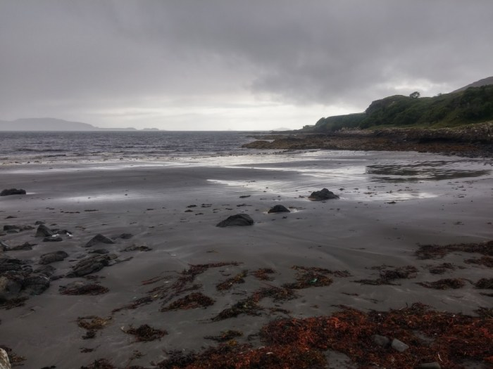 black beach ile de mull torloisk
