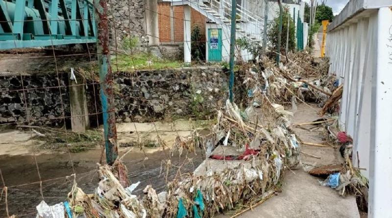 Lluvia desborda el Atoyac e inunda museos de La Constancia Mexicana