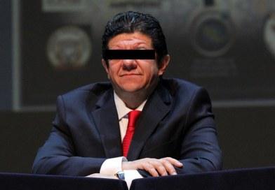 Karam Beltrán pide suspender orden de aprehensión en su contra