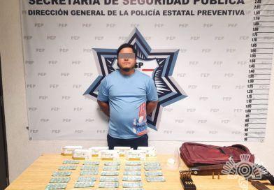 Policía Estatal detiene a hombre por posesión de armas y droga