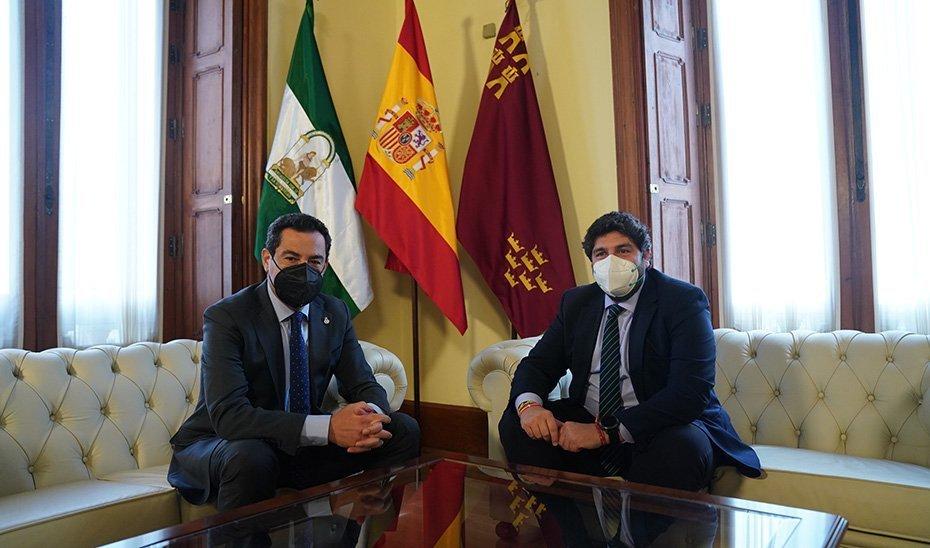 Juanma Moreno y Fernando López Miras