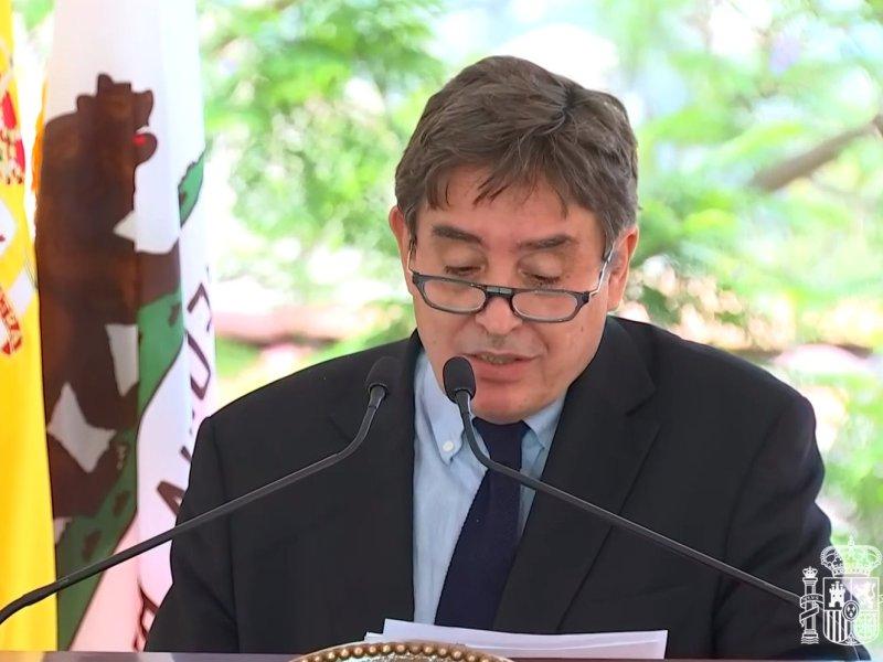 Luis García Montero durante su intervención en la UCLA