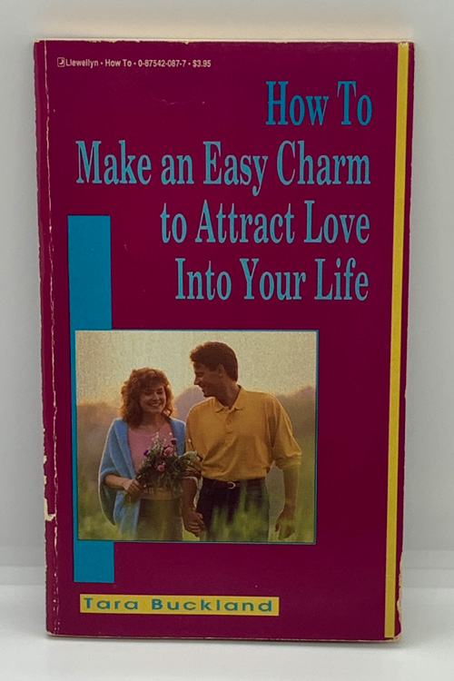 How to Make an Easy Charm to Attract Love Into Your Life