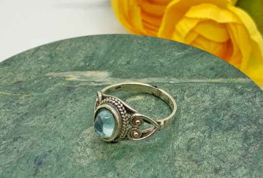 Blue Topaz in Sterling Silver Ring Size 8
