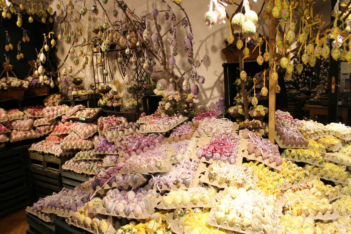 Christmas In Salzburg: Hand Painted Egg Shop