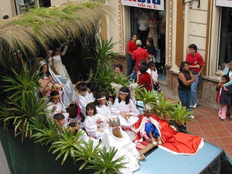 Cuenca Christmas Eve Parade 2003