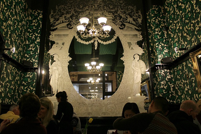 Hopetoun Tea Rooms Decor