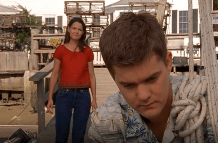 Joey Tells Pacey She Loves Him