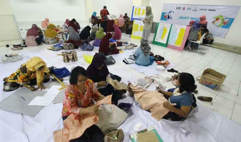 Teknik Finishing Membuat Kamisol Kebaya
