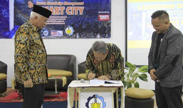 ITS Luncurkan Buku Smart City