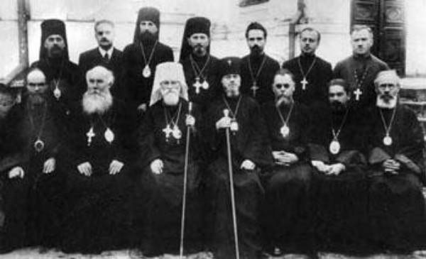 Image - UAOC hierarchs in the late 1940s (first row l-r): Mykhail Khoroshy, Ihor Huba, Metr. Polikarp Sikorsky, Oleksander Inozemtsiv, Nikanor Abramovych, Mstyslav Skrypnyk, Sylvestr Haievsky.