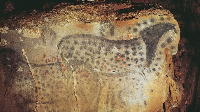 hith-cave-painter-spotted-horse-E