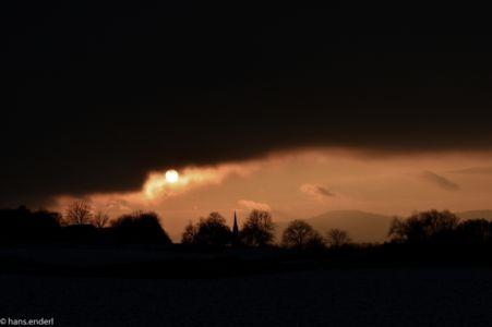 Wintersonne-mit-kirchturm-0061