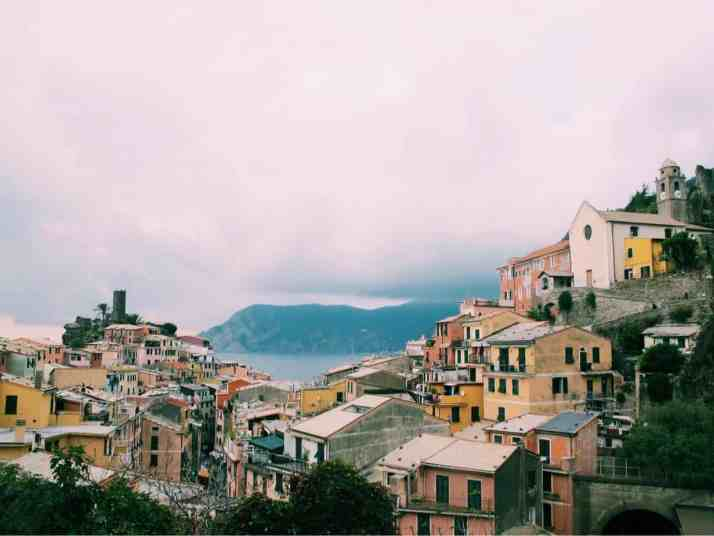 I'm sharing my top tips for gluten free Cinque Terre, Italy, including restaurant recommendations village by village and a FREE downloadable map!