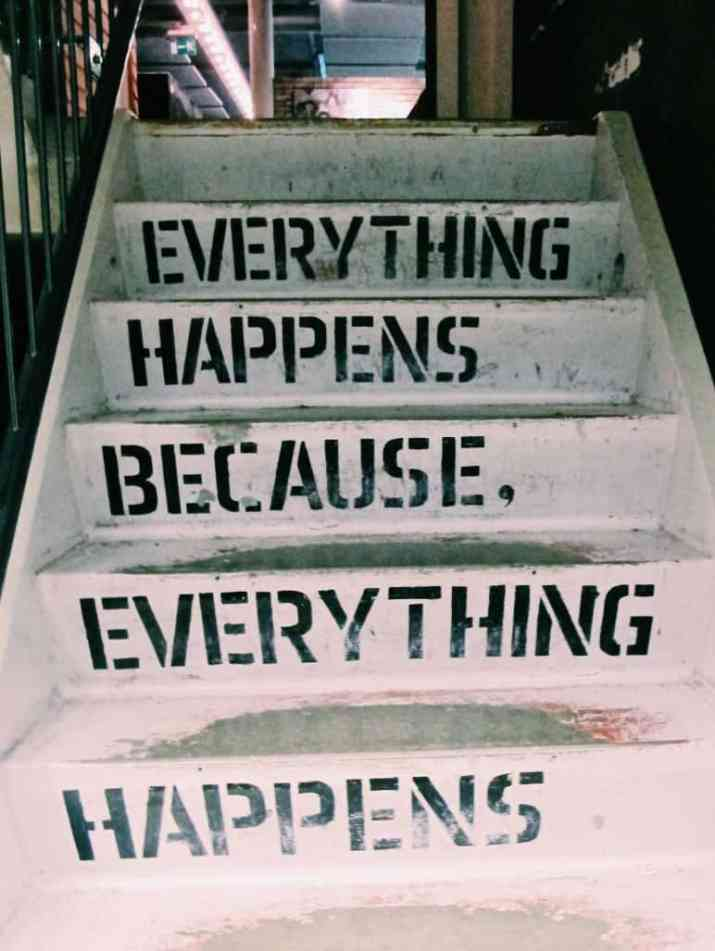everything happens because everything happens... wise words from the stairs in Ecomama Hotel Amsterdam. The cheapest hotel for an instagram- and eco-friendly stay in Amsterdam: Ecomama Hotel Amsterdam is cozy, sustainable and made my time in Amsterdam special.