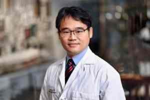 Dr. Jongoh Kim, Endocrinologist in Houston