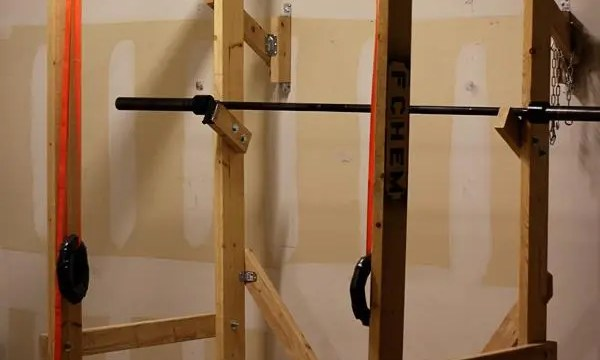 Build your own power rack end of three fitness