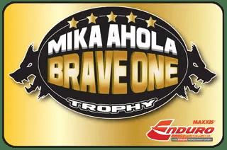 trophee-mika-ahola-or