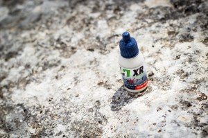 Pas obligatoire, mais proposé à l'essai : un lubrifiant Squirt Lub est offert avec chaque kit HXR Easy Shift.