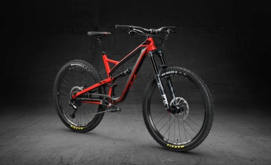 CF Pro - 3999 euros