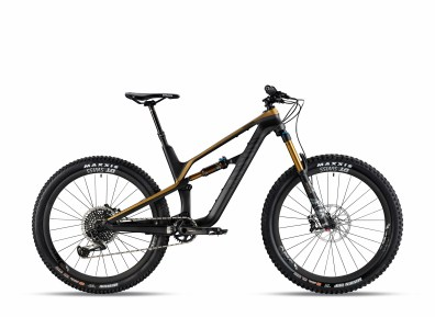 Canyon Spectral CF 9.0 SL - 4999€ - 12,5kg - Fox Factory, SRAM XO1 Eagle, Sram Guide RSC, DT Swiss XMC 1200.