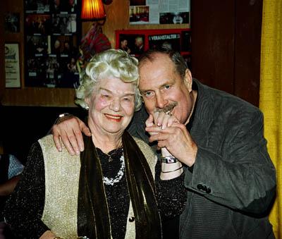 L'ultima foto, con la padrona del ristorante