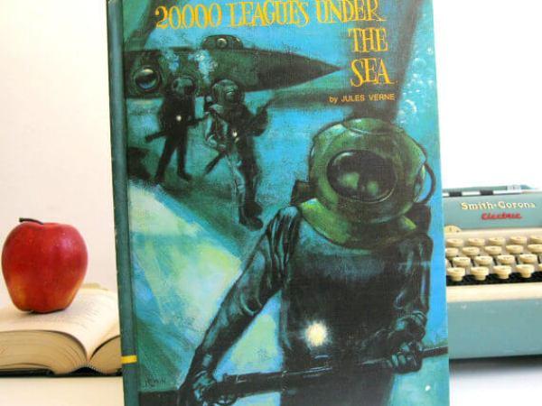 iPad Hüllen aus alten Büchern – 20000 Meilen unter dem Meer