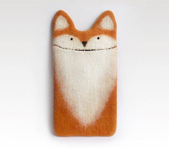 Handgemachte Tablet Hülle aus Filz – Fuchs mit Ohren