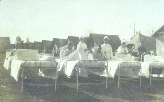 Under Spanskesyken ble pasientene lagt i sola