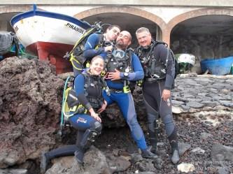 20110123 1105 - Abi, Adrián, Juan, Sacha > Buceadores, Teno