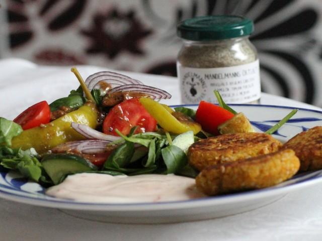 kikärtsbiffar med sallad 2