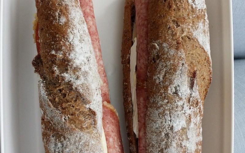 brie salami smörgås