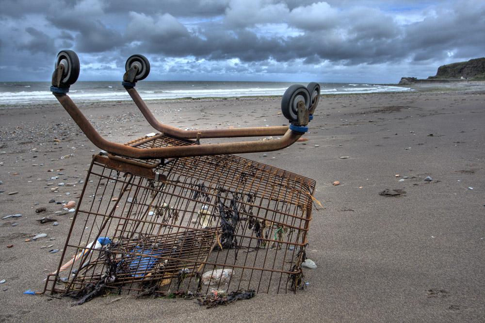 Mediterraneo, un mare di rifiuti